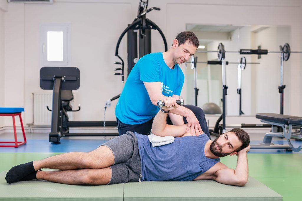 Τενοντίτιδα Ωμου - Ασκήσεις με τον φυσικοθεραπευτή